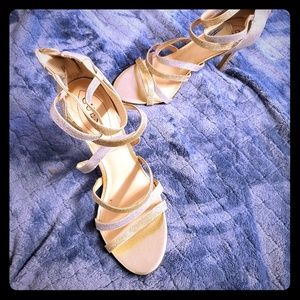 Silver/gold GUESS HEELS